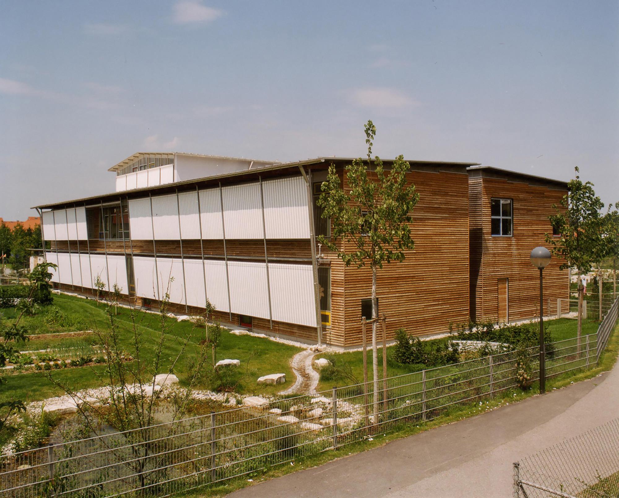 haushofer foerderzentrum poing