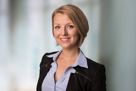 haushofer lisa adamczyk
